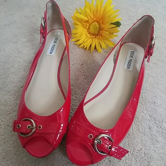 08559e98b2e Steve Madden Red Patent Leather Peep Toe Flats